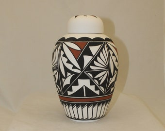 Native American Urn Ceramic Jar with Lid, Adult Cremation Urn, large Cremation Urn, large jar, art pottery, handmade