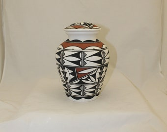 Hand Painted Native American Ceramic Jar with Lid, Adult Cremation Urn for Human Ashes, Native American Art Pottery, Handmade Ashes Urn