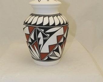 Hand Painted Native American Ceramic Jar with Lid, Adult Cremation Urn, Large Cremation Urn, Native American Art Pottery, Handmade Ashes Urn