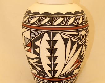 Native American Urn Ceramic Jar with Lid, Adult Cremation Urn, large Cremation Urn for Ashes, art pottery, handmade