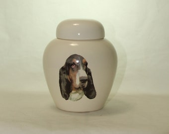 Basset Hound Cremation Urn, Ceramic Jar with Lid, Pet Cat or Dog Small Urn for Ashes, Keepsake Urn, Art Pottery, handmade