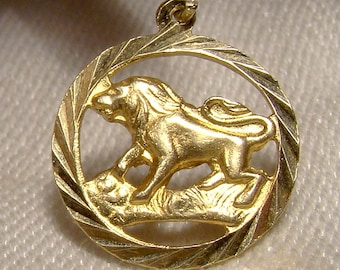 20K Yellow Gold Lion Round Charm or Pendant