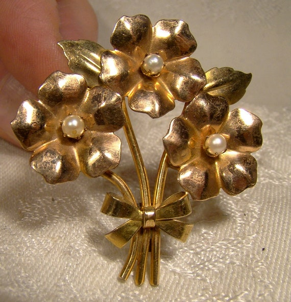 Gorgeous Gold filled Large Flower Pin