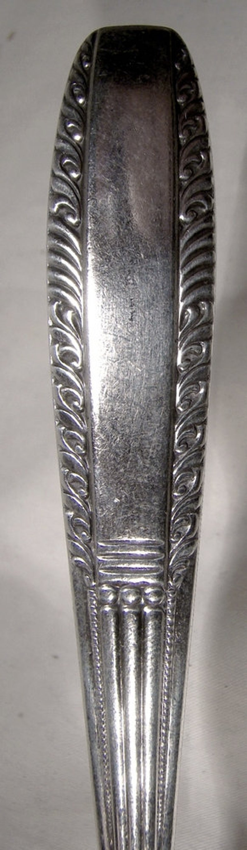 Wallace Sharon Silver Plated 8-18 Medium Solid Cold Meat Serving Fork 1926