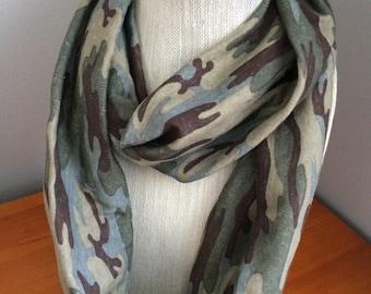 Infity scarf - hunter green camo