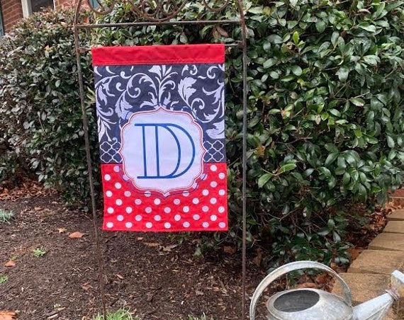 Quatrefoil Personalized Garden Flag