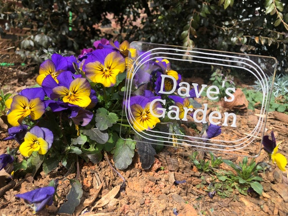 Garden Sign - Garden Marker - Personalize with any name or phrase!, Gardener Gift
