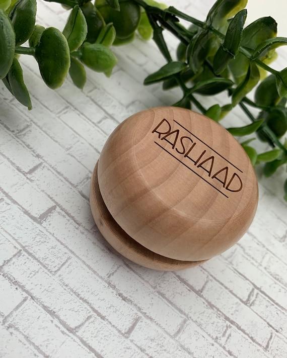 Custom Personalized YoYo, Custom Name Yo-Yo - Classic YoYo - Engraved YoYo - Stocking Stuffer - Personalized Toy - Classic Gift - Wood Toy