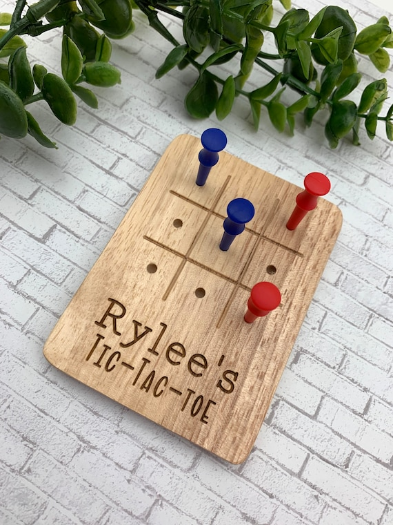 Personalized Tic Tac Toe Game - Engraved Game - Timeless Game - Wooden Golf Tee Tick Tac Toe - Golf Tees - Kids Games - Fun Games