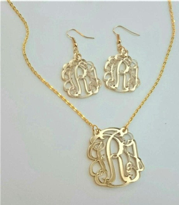 3 piece Gift Set: Monogram necklace and earrings (circle or script font) - with gift box
