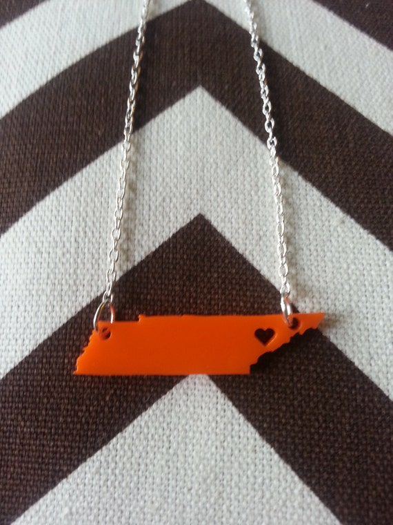 Personalized University of Tennessee Necklace Heart over Knoxville, TN