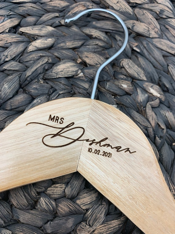 Mrs. or Mr. Wedding Hanger w/ date, Personalized Wedding Dress Hanger, Engraved Hanger, Bride and Groom Engraved Hanger