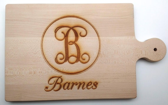 Monogrammed Classic Handle Wood Cutting Board.  Great for Housewarming, Wedding or Anniversary