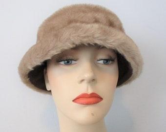 f185710a793 Faux Fur Bucket Lampshade Hat Vintage 1970s Honey Brown Vegan Winter
