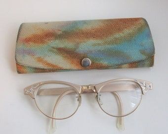 29cab186e73 Cat Eye Glasses Eyeglasses Vintage 1950s Case Etched Aluminum Floral Eyewear