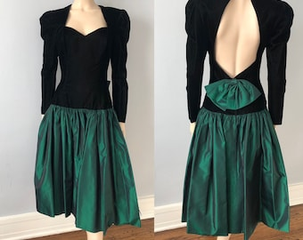 e11e0688d3 Vintage 1980s Prom Dress Black Velvet Green Taffeta Fit Flare Sweetheart  Neckline Bows Open Back
