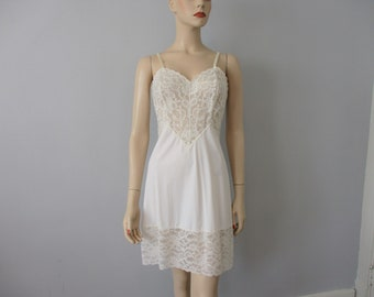 802741b5c39 Vanity Fair Vintage 1960s Full Dress Slip White Lace Nylon Lingerie