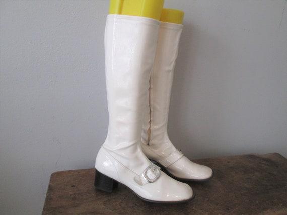 Go Go Boots Vintage 1960s Mod White Vinyl