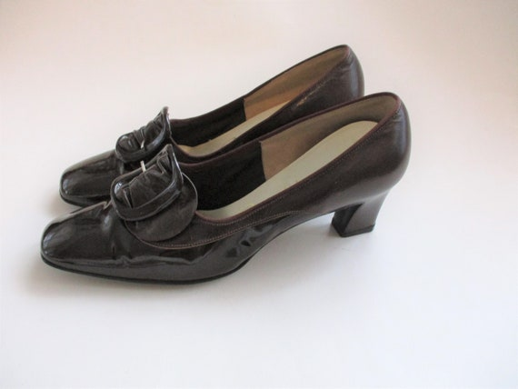 Mod Brown Pumps Shoes Vintage 1960s Leather Buckle