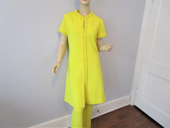 Tunic Dress Pants Suit Vintage 1970s Chartreuse Y… - image 1