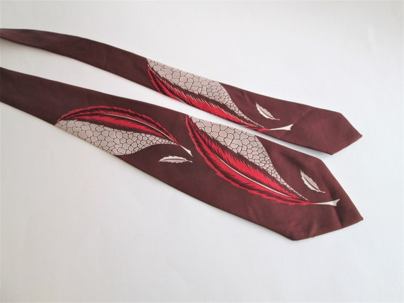 TOWNCRAFT DELUXE Necktie Vintage 1940s Rayon Brown