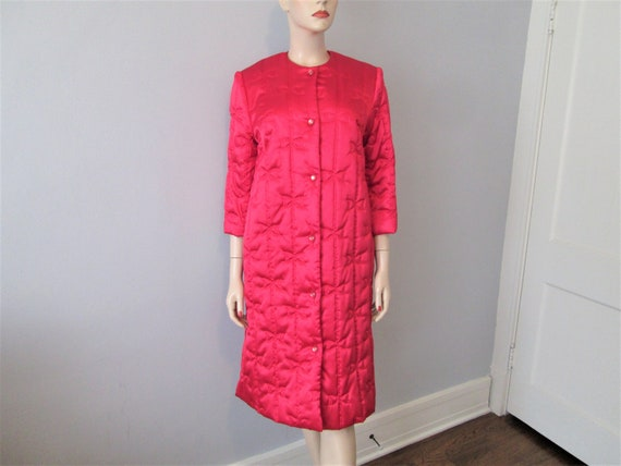 House Coat Robe Vintage 1950s Hot Pink Quilted Bow