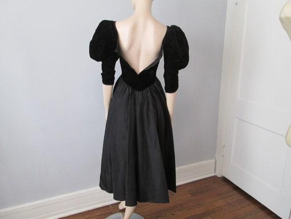 Vintage 1980s Party Prom Dress Black Velvet Aceta… - image 7