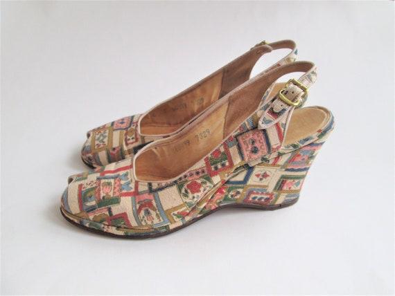 Vintage 1940s Sandals Wedge Slingback Peeptoe Geom