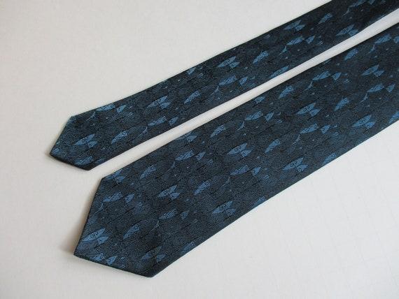 Vintage Wembley Gray PolySilk Skinny Tie