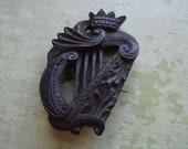 Antique Victorian Irish Bog Oak Brooch Pin - Mourning Jewellery - Harp Coronet Crown - Hand-Carved 1800 39 s.