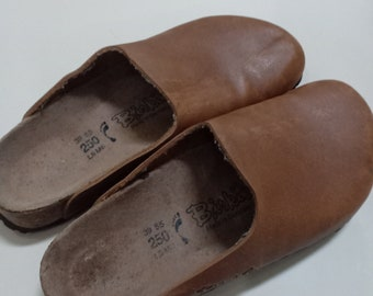a43a2c4526f3 Used BIRKENSTOCK Birki s Brown Clog Shoes Sz 39 L8 M6 Excellent Condition