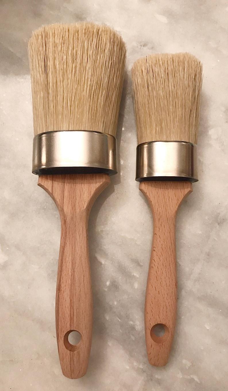 Natural Bristle Makeup Brushes: 2 Oval Paint Brush Large