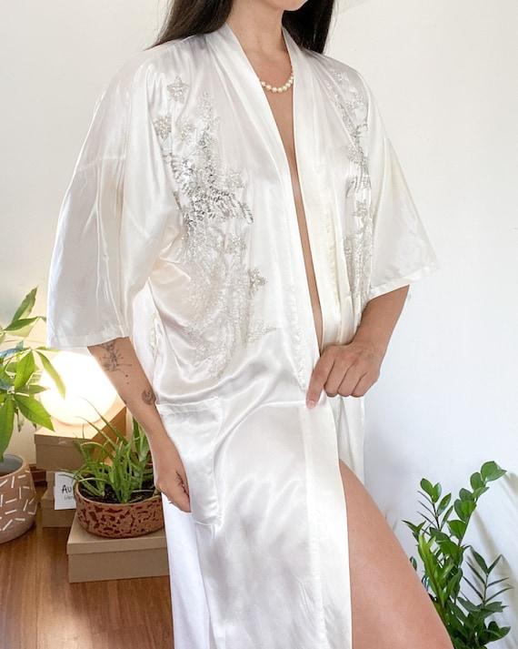 Vintage White/Silver Satin Pearl Embellished Chine
