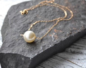 One Pearl Necklace, Bridal Jewelry, Single Pearl Jewelry, Mother of the Bride Necklace, Wedding Necklace, Bridesmaids Gift, White Pearl