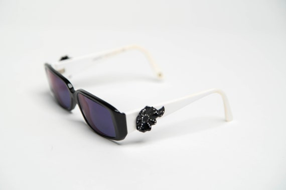 Vintage Versace Sunglasses in White/Black with Flo