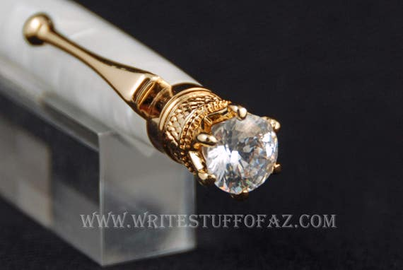 Pearl White Twist Pen, Adorned with Swarovski Crystal