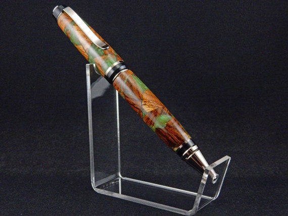 Cigar Twist Pen in Green Dyed Waste Wood, Gunmetal Accents