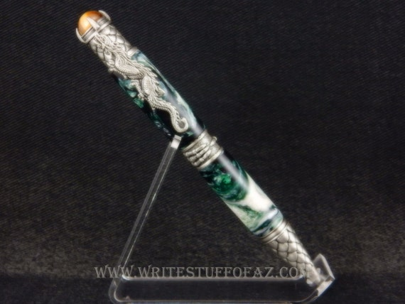 Chinese Dragon Themed Ballpoint Twist Pen