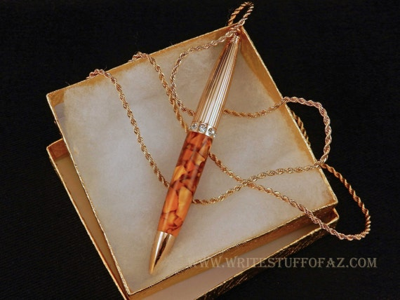 Pen Necklace in Caramel Crush
