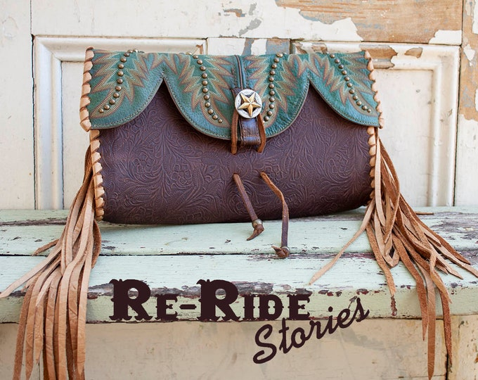 Featured listing image: Cowboy Boot Clutch- Green