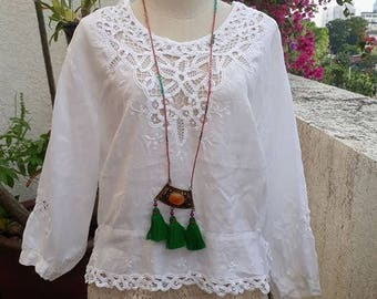 Vintage Boho White Linen  Cutout  Blouse/Embroidery Lace  White Blouse/Romantic Lace Top.