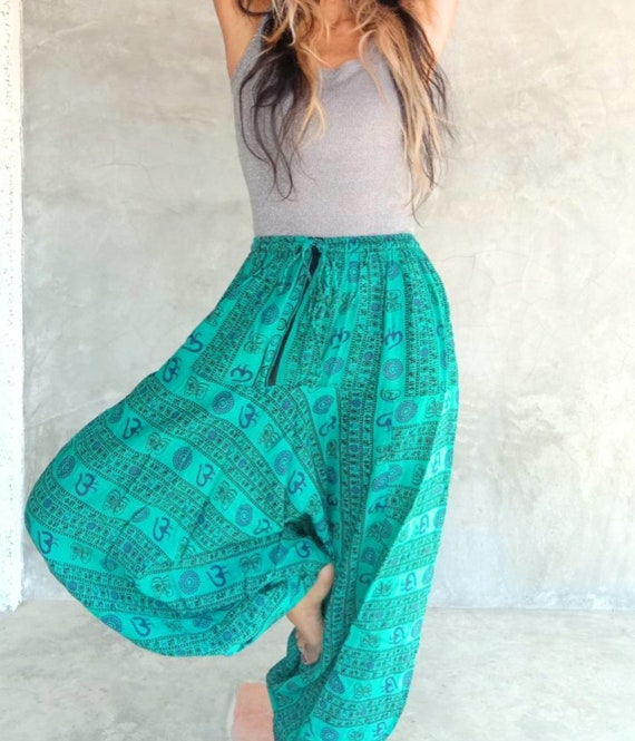 5 Colors and styles to choose from. Super Comfortable Backpacker Aladdin Harem Leisure Pants Pajamas Travel pants Handpicked from India