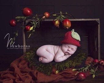 44676dcf25e Apple baby hat boy girl warm hat PICK SIZE preemie newborn sitter child  autumn fall fruit photography prop - hand knit baby shower gift