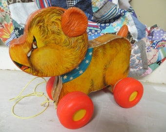 Fisher Price, Cry Baby Bear pull toy