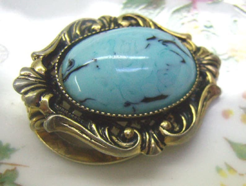Vintage Turquoise Cabochon SASA Scarf Clip....Ornate Gold Border...Faux Turquoise...Scarf Accessories...Circa 1950s