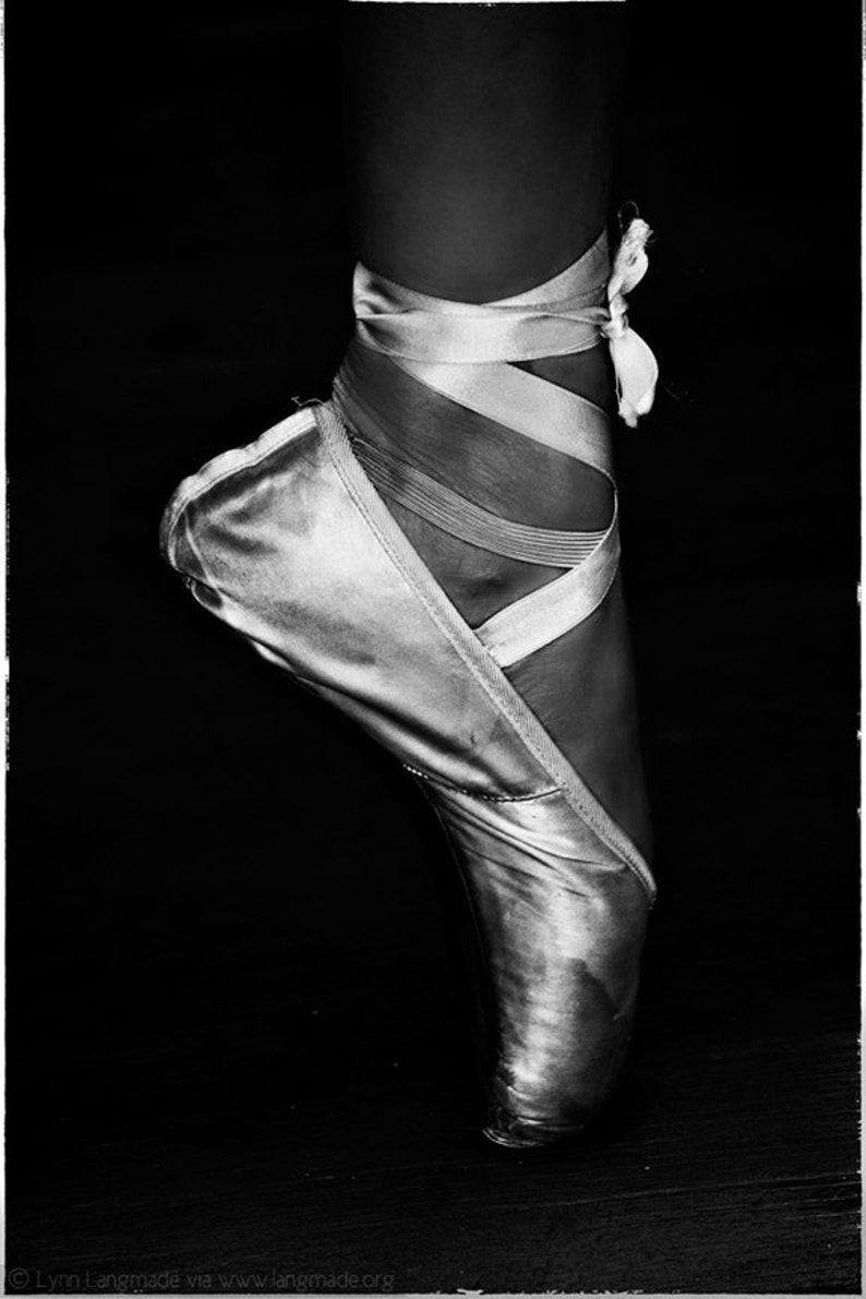 Ballet photography ballerina en pointe black and white photography ballet dance ballet wall prints ballet wall art stained
