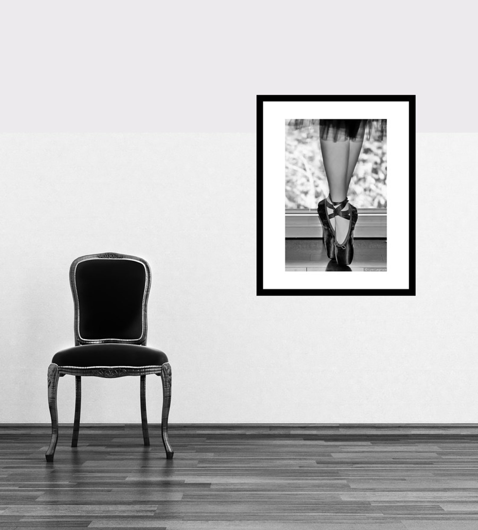 black and white photography - ballerina en pointe, ballet photography, ballet wall art, black wall decor, gift, dancer -