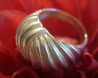 Sterling Silver Modern Ring with Ridge Design (st - 1779)