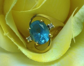 14K Gold Ring with Blue Topaz and Diamond Accents (st - 578)