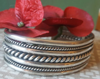 Wide Vintage Sterling Silver Cuff Bangle Bracelet (st - 1898)